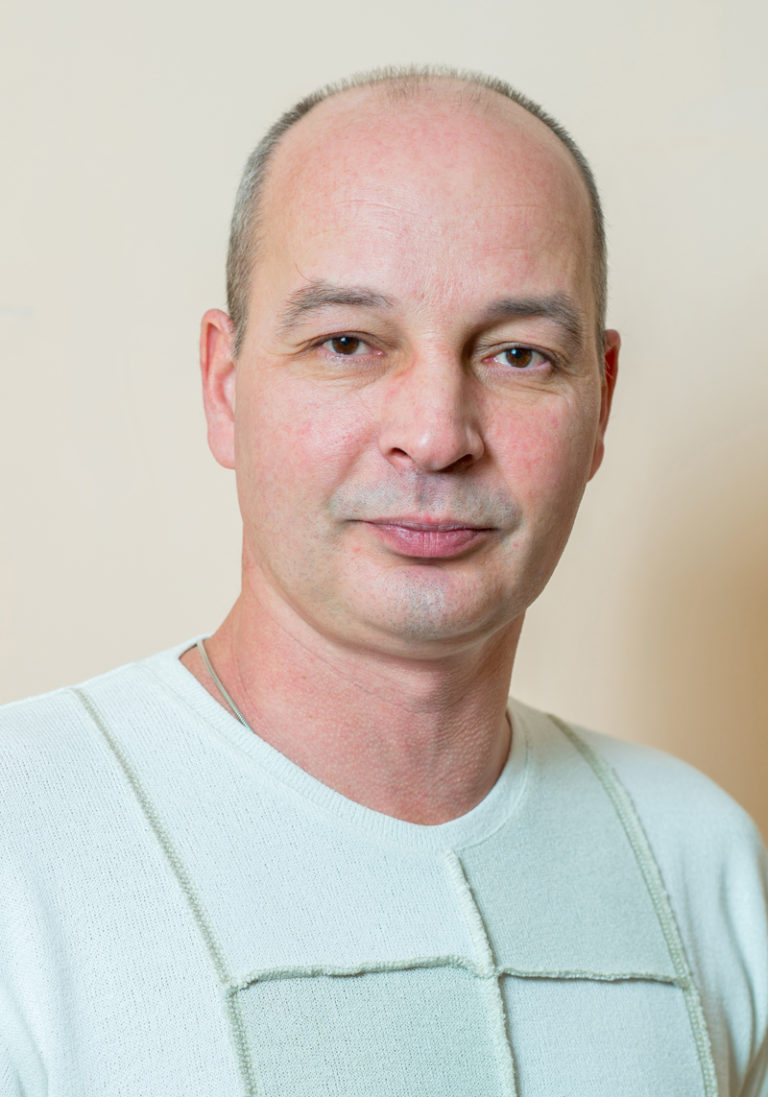 Бажанов Геннадий Леонидович