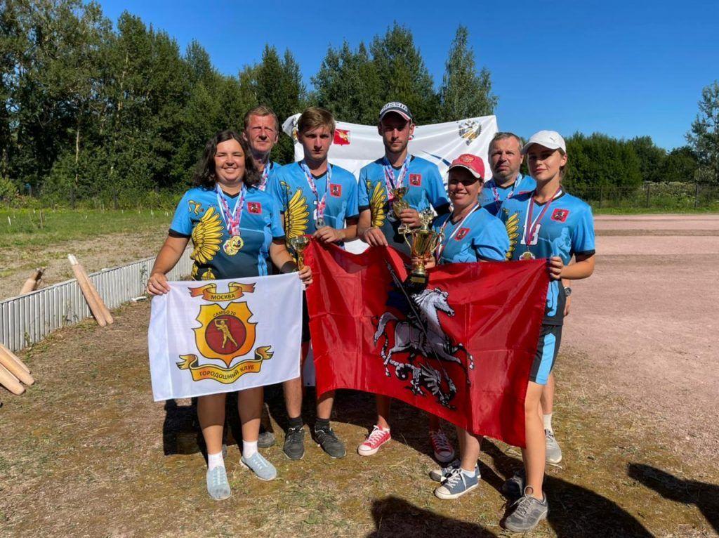 Первый в истории Чемпионат России по городошному спорту прошел в дисци...